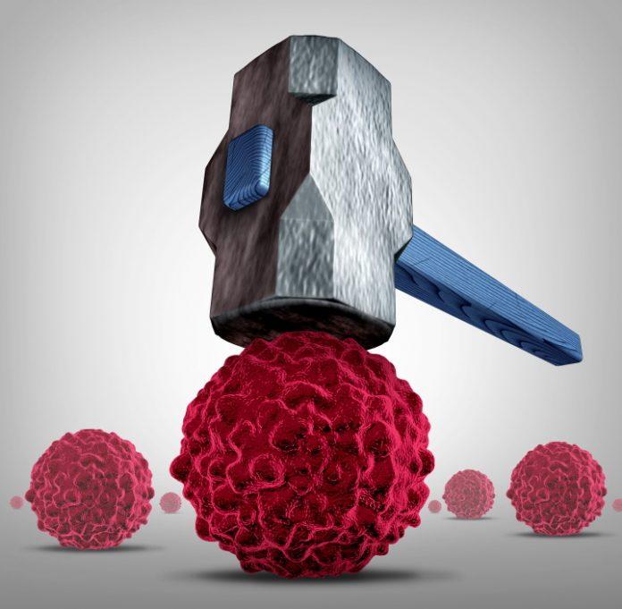Grafische tekening waarin een hamer een kankercel kapotslaat